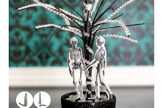 Halloween in 3D Blog Hop Bling Skeleton Tree