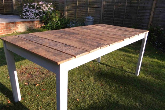 Build your own Garden Table
