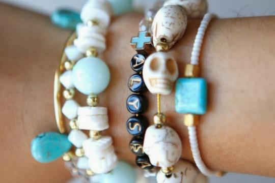 Tutorial: elastic stretch bracelets