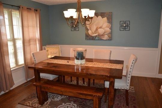 Project DIY Farmhouse Dining Room Table
