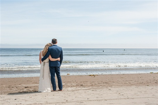 How To Plan a Beach Wedding