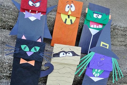 Halloween Craft Paper Bag Puppets