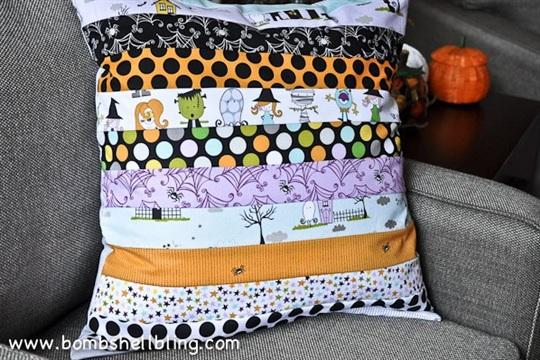 Too Cute to Spook Halloween Pillow Tutorial