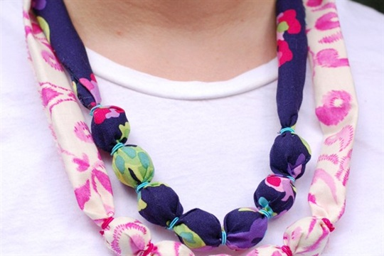 DIY Colorful Fabric Beaded Summer Necklaces - Twin Stripe Blog