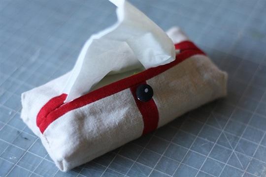 Mini tissue holder tutorial