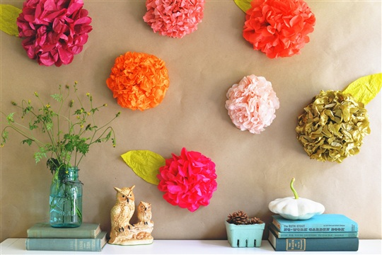 DIY Tissue Paper Flower Backdrop
