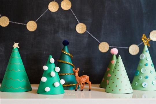 O (Crafty) Paper Christmas Trees