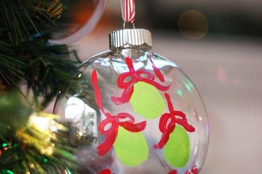 DIY Keepsake Ornament Mistle Toes