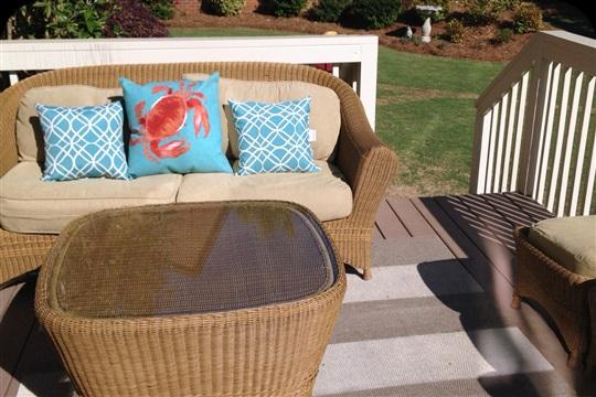 DIY Outdoor Rug on a Budget