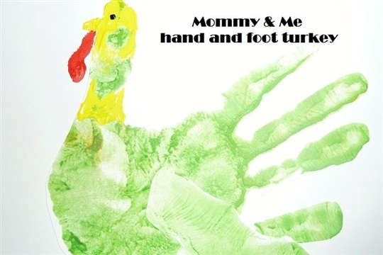 Mommy & Me Thanksgiving Crafts